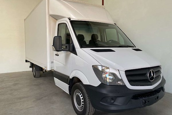 Kenidi: Mercedes-Benz Sprinter